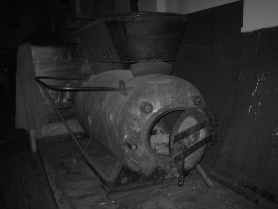 Ruigoord Church - Oven
